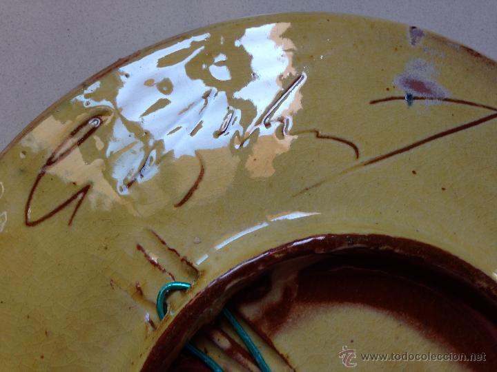 Antigüedades: PLATO DE CERAMICA DECORADO CON UN PEZ. FIRMADO - Foto 5 - 51425764