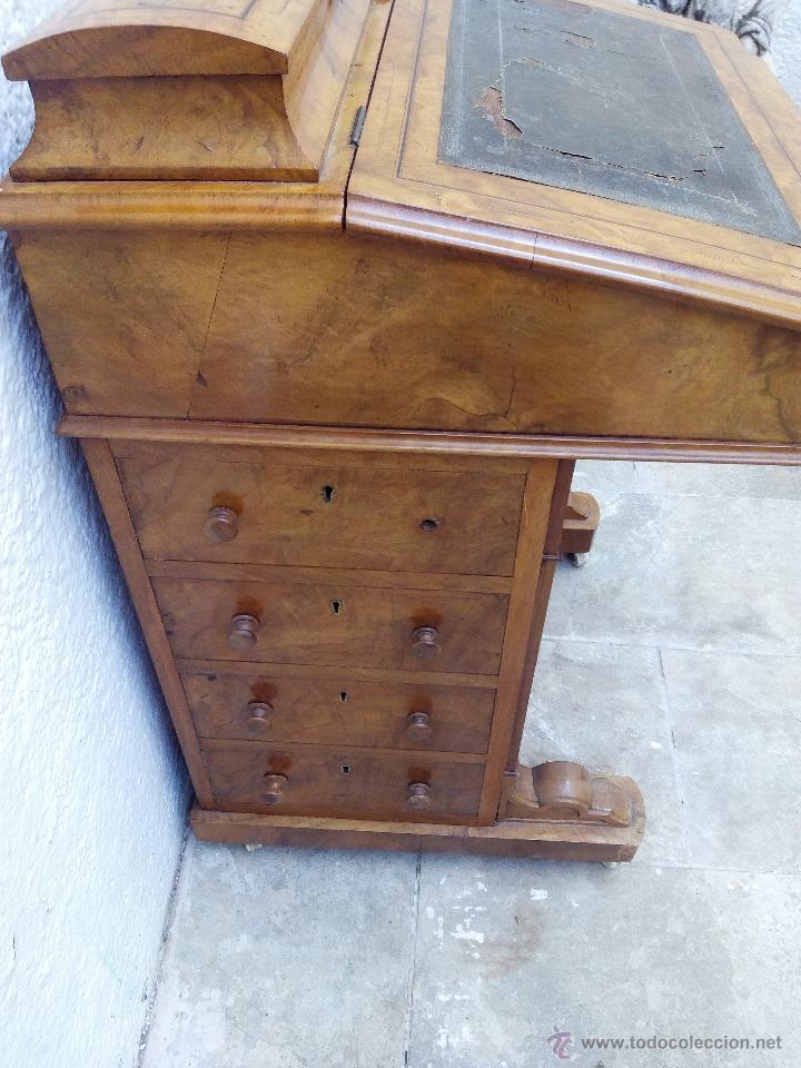 Antigüedades: Pupitre antiguo de madera noble posiblemente de origen francés. Recogida en mano a 30 km de Barcelon - Foto 5 - 51431156