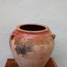 Antigüedades: TINAJA ANTIGUA DE BARRO VIDRIADO DE GRAN TAMAÑO CON ASAS. Lote 51448895