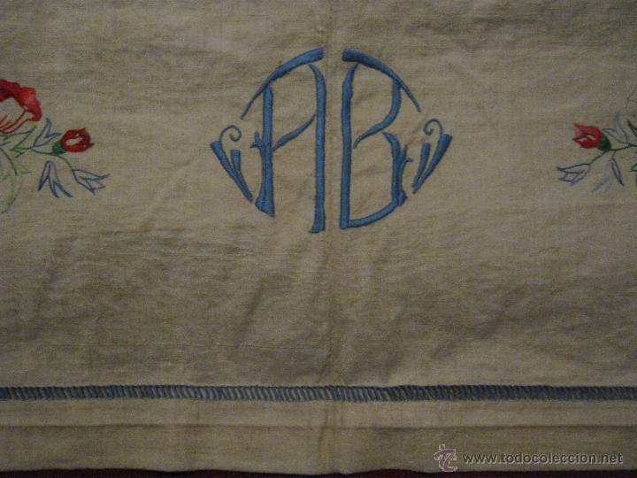 Antigüedades: ANTIGUA SÁBANA GRUESA DE LINO CON BORDADOS E INICIALES PPIO.S.XX - Foto 6 - 51471016