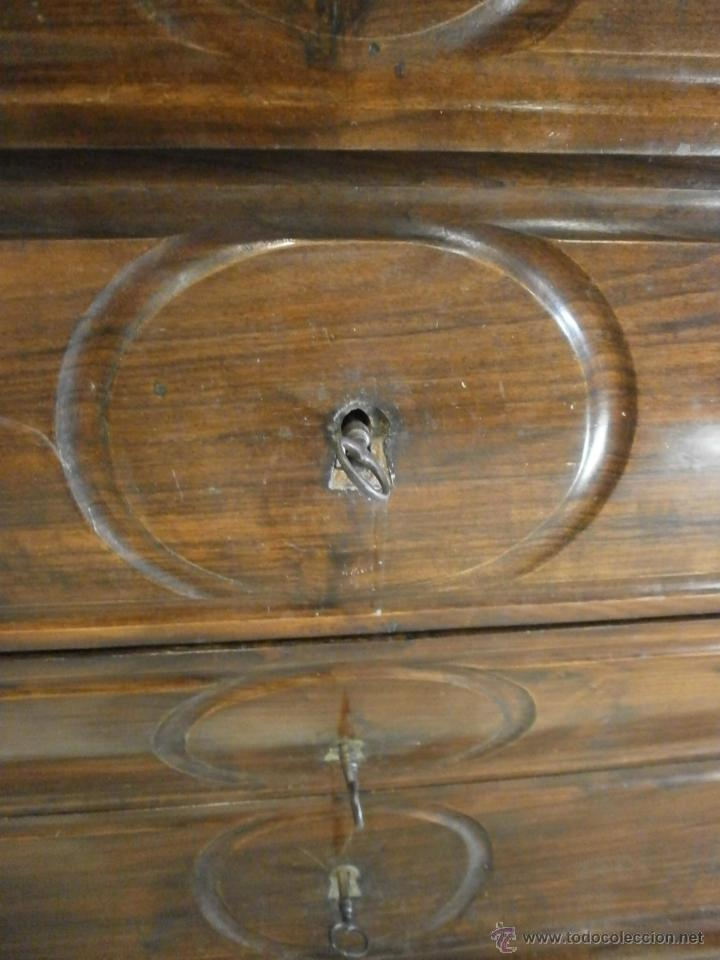 Antigüedades: Antigua cómoda Isabelina (ditada) - bombeada - madera de jacarandá - sobre de mármol -S. XIX - Foto 7 - 146482036