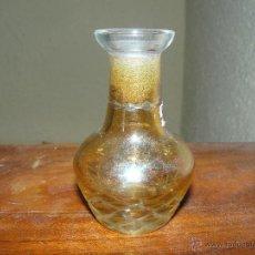 Antigüedades - jarroncito en cristal tallado - color ambar. - 51576928