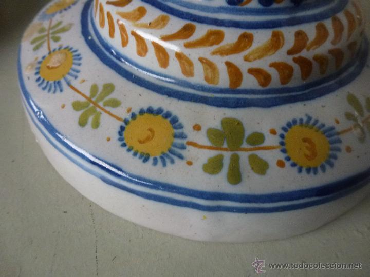 Antigüedades: Pareja de candelabros, ceramica. Ruiz de Luna, Talavera. - Foto 7 - 51579114