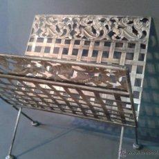 Antigüedades: REVISTERO DE HIERRO. Lote 97929511