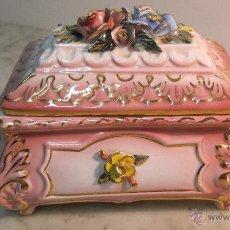 Antigüedades: COFRE DE PORCELANA FINA. Lote 51591131