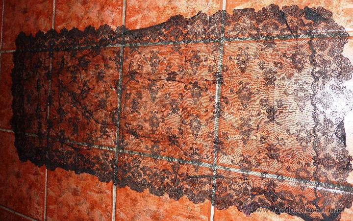 ANTIGUA FINA MANTELLINA MANTILLA NEGRA 92 CM / 50 (Antigüedades - Moda - Mantones Antiguos)