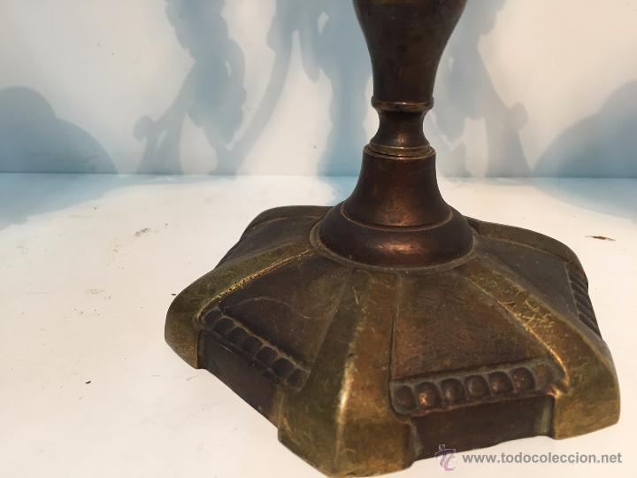 Antigüedades: PAREJA CANDELABROS DE BRONCE ANTIGUOS. - Foto 3 - 51609143