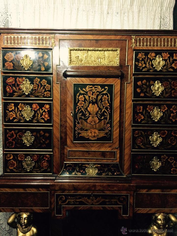 Antigüedades: MUEBLE APARADOR DE MADERA, MARQUETERÍA Y BRONCE - Foto 4 - 56583033