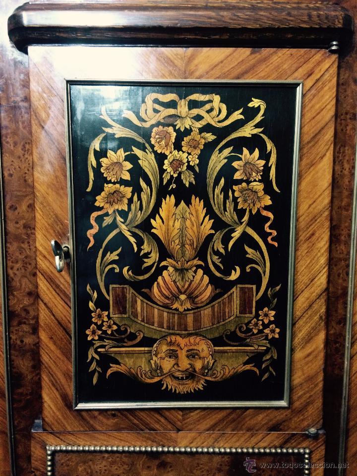 Antigüedades: MUEBLE APARADOR DE MADERA, MARQUETERÍA Y BRONCE - Foto 6 - 56583033