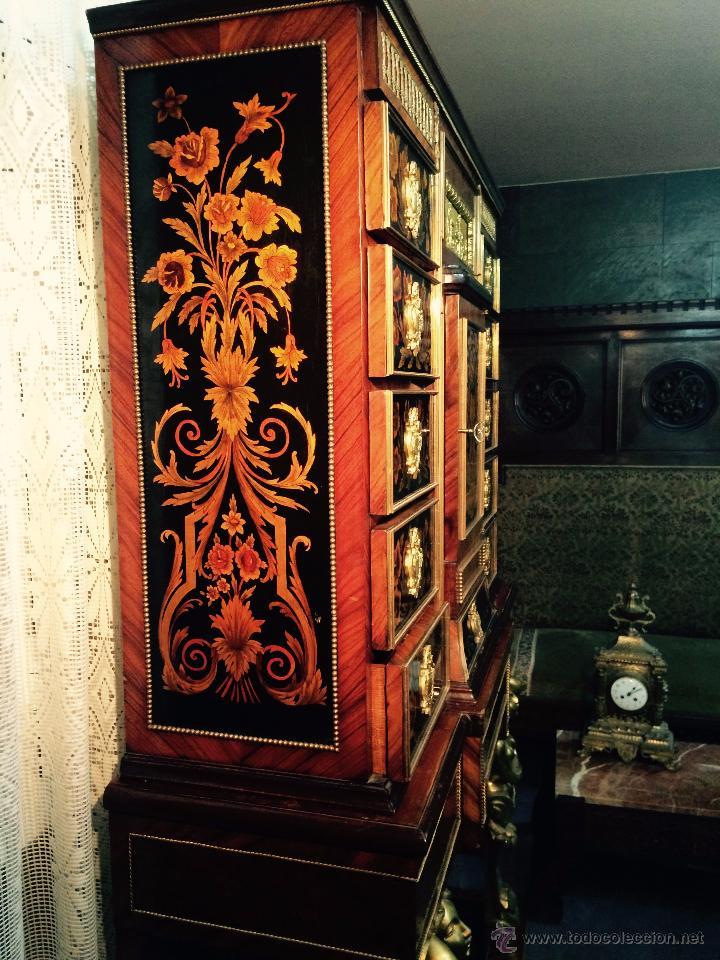 Antigüedades: MUEBLE APARADOR DE MADERA, MARQUETERÍA Y BRONCE - Foto 9 - 56583033