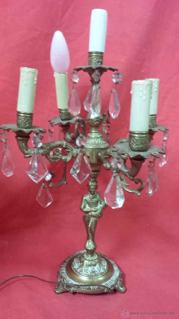 Antigüedades: Pareja de candelabros realizados en bronce con figura femenina. - Foto 5 - 51688067