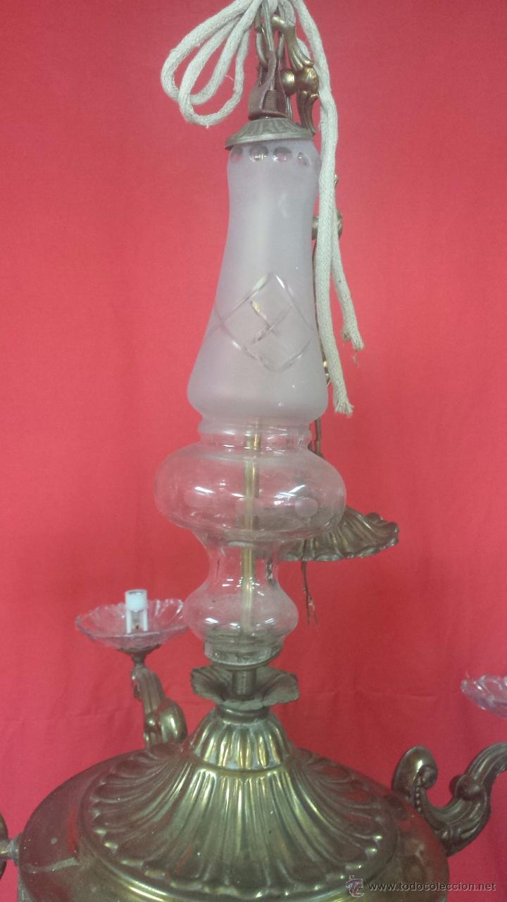 Antigüedades: Lámpara de techo en dorado de cinco brazos con adornos en cristal. - Foto 3 - 51727370