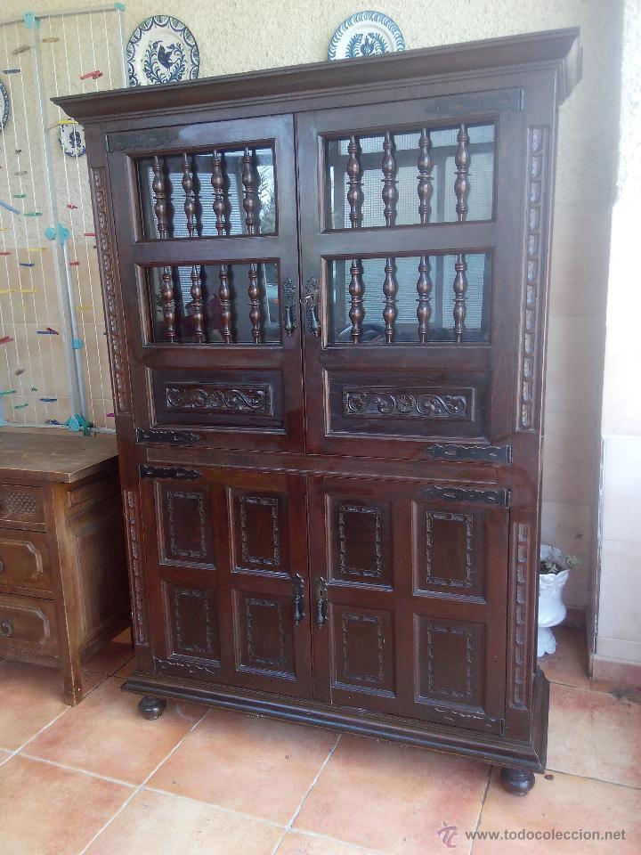 Antiguo mueble aparador alto castellano talla comprar - Muebles castellanos antiguos ...