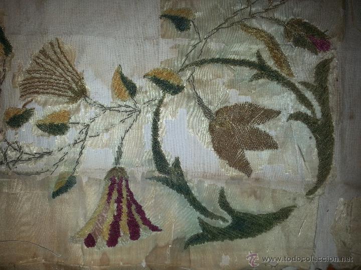 Antigüedades: ESPECTACULAR BORDADO SIGLO XIX VIRGEN DEL CARMEN 52 X 43 CM - Foto 7 - 51773836