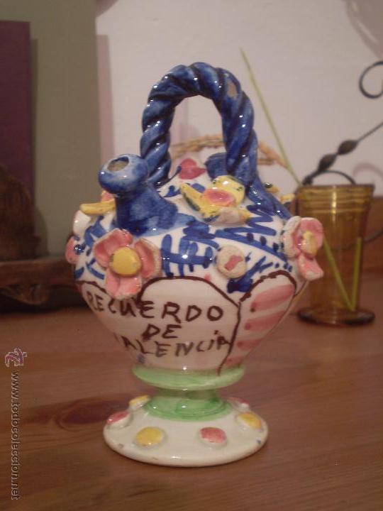 ANTIGUO PEQUEÑO BOTIJO CERAMICA POPULAR.RECUERDO DE VALENCIA.MANISES.SIGLO XX. (Antigüedades - Porcelanas y Cerámicas - Manises)