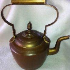 Antigüedades: PRECIOSA ANTIGUA TETERA METAL Y BRONCE . Lote 51787215