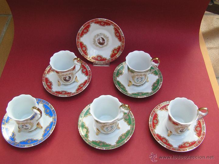 Antigüedades: JUEGO DE CAFÉ .PORCELANA, 5 tazas y 6 platos. Graciosas tazas con patitas. - Foto 3 - 89855987