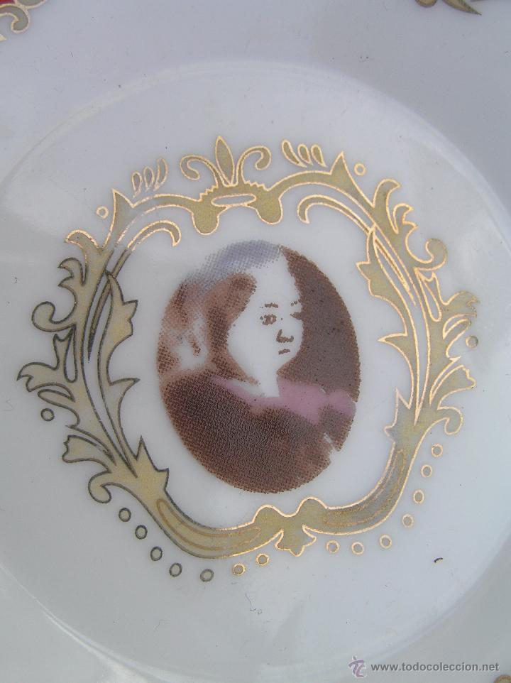 Antigüedades: JUEGO DE CAFÉ .PORCELANA, 5 tazas y 6 platos. Graciosas tazas con patitas. - Foto 12 - 89855987