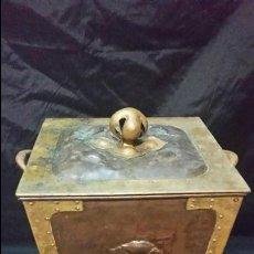 Antigüedades: PRECIOSA Y ANTIGUA CARBONERA ART NOUVEAU FF.SG. XIX BRONCE Y COBRE 1890-1900. Lote 51927104