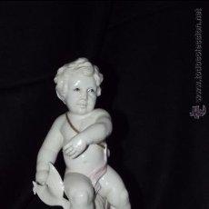 Antigüedades: FIGURA PISCIS EN AUTÉNTICA PORCELANA DE ALGORA DOCUMENTADA. PERFECTO ESTADO. Lote 51938419