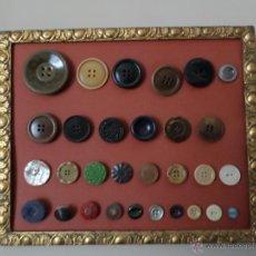 Antigüedades: CUADRO DE BOTONES. Lote 51963568