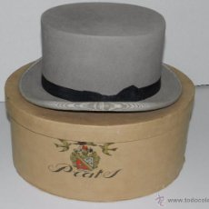 Antigüedades: (M) SOMBRERO DE COPA DE FIELTRO DE COLOR GRIS AÑOS 20 CON SU CAJA ORIGINAL , CASA PRATS , BARCELONA. Lote 51980503