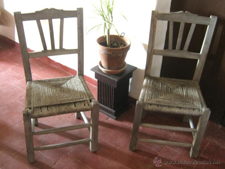 Antigüedades: Pareja de antiguas sillas nordicas rusticas - madera teca y enea - Foto 2 - 51996129