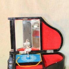 Antiquités: CAJA DE MUSICA - PIANO CON BAIRLARINA. Lote 52021723