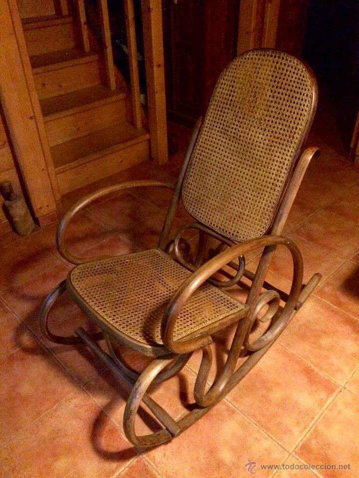 ANTIGUA MECEDORA / BALANCIN ESTILO THONET RESTAURADO (Antigüedades - Muebles Antiguos - Sillas Antiguas)