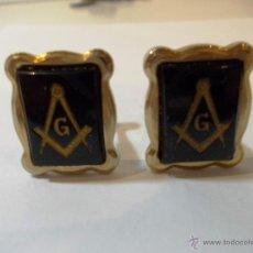 Antigüedades: PAR DE ANTIGUOS GEMELOS MASONICOS EN PLAQUE DE ORO. Lote 83263310