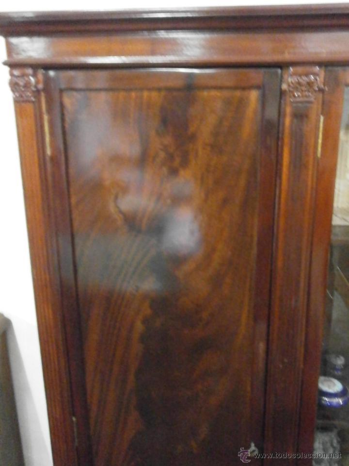Antigüedades: Antigua vitrina - Isabelina - comedor -despacho - madera de caoba - finales Siglo XIX - Foto 3 - 52168538