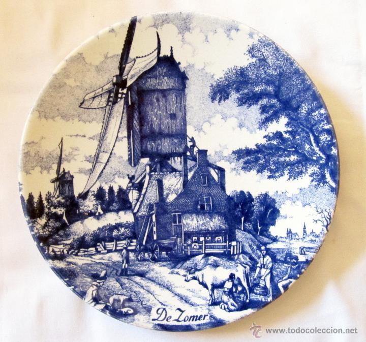 BONITO PLATO ANTIGUO PARA COLGAR PINTADO A MANO CON SELLO DE DELFT - DELFTS BLAUW - DE ZOMER (Antigüedades - Porcelana y Cerámica - Holandesa - Delft)