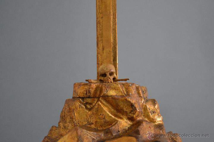 Antigüedades: Excelente cristo crucificado talla e Marfil o hueso Cruz de madera sobre estuco y pan de oro Gólgota - Foto 5 - 146255349