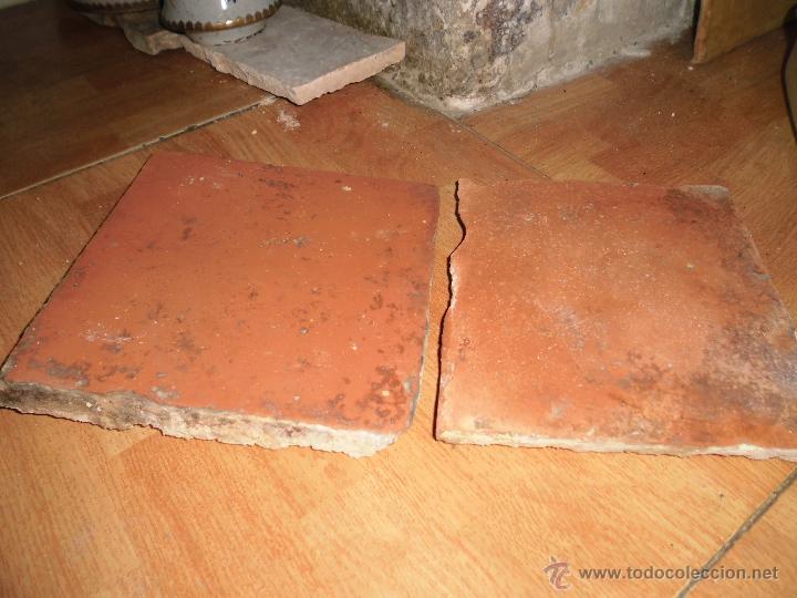 ANTIGUAS BALDOSAS DEL SIGLO XVII DE ANTIGUO PALACETE IDEAL PARA CHALET O CASA RURAL (Antigüedades - Porcelanas y Cerámicas - Azulejos)