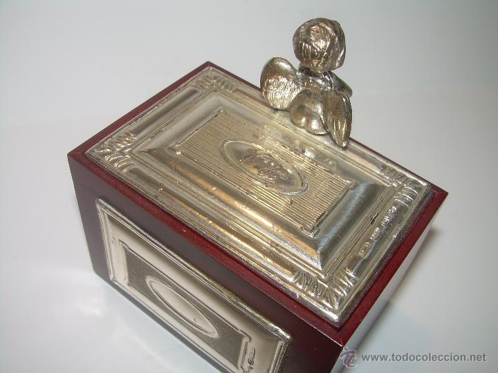 Antigüedades: PRECIOSA CAJITA DE MADERA NOBLE Y PLATA DE LEY DE 925...CON CONTRASTES...EN LA TAPA Y EN LA BASE. - Foto 3 - 52296742