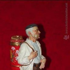 Antigüedades: FIGURA BARQUILLERO EN AUTÉNTICA PORCELANA ALGORA DOCUMENTADA. MUY POCO FRECUENTE EN PERFECTO ESTADO. Lote 53021423