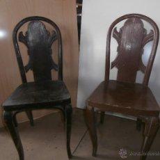 Antigüedades: 2 ANTIGUAS SILLAS DE MADERA TALLADAS. Lote 52301654