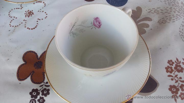 Antigüedades: antiguo juego de 8 tazas y sus platos, sellados santa clara - Foto 4 - 52307529