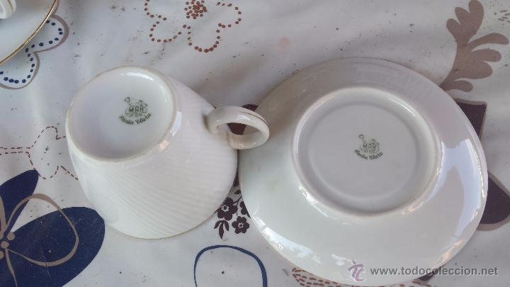 Antigüedades: antiguo juego de 8 tazas y sus platos, sellados santa clara - Foto 7 - 52307529