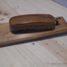 Antigüedades - Antiguo cepillo para cogar, de limpiar ropa o zapatos. - 52309869