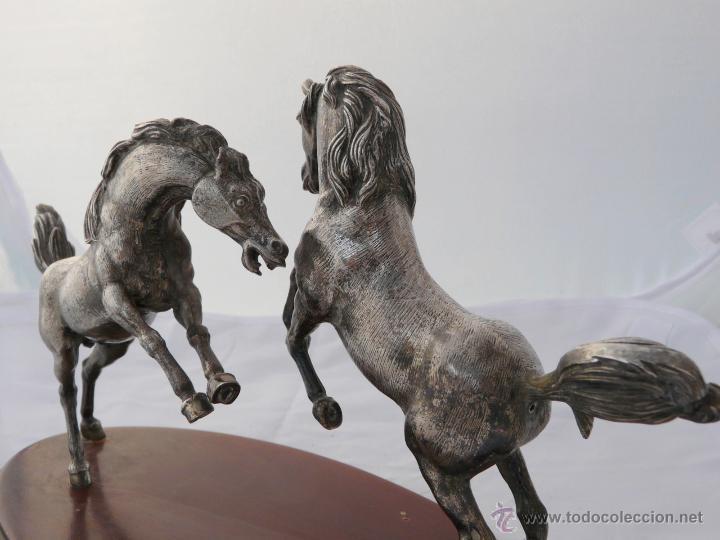 Antigüedades: PELEA DE CABALLOS EN PLATA DE LEY - Foto 8 - 52333338