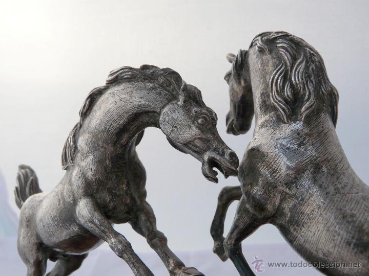 Antigüedades: PELEA DE CABALLOS EN PLATA DE LEY - Foto 14 - 52333338