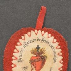 Antigüedades: ANTIGUO ESCAPULARIO DEL SAGRADO CORAZÓN DE JESÚS 1877 ADORACIÓN PIO IX. Lote 52357482
