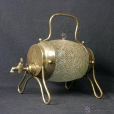 Antigüedades: BARRIL DE MESA PARA LICOR VIDRIO GLASSÉ CRAQUELADO TAPÓN Y GRIFO MITAD S XX 20X22X15CMS. Lote 95227314