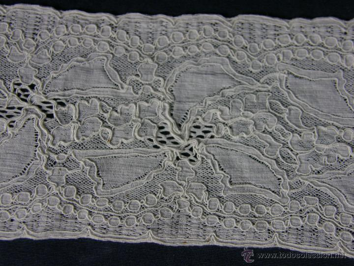 Antigüedades: cinta circular vainica batista ganchillo puño o similar franja sXIX 27,5x9cms - Foto 3 - 52408601