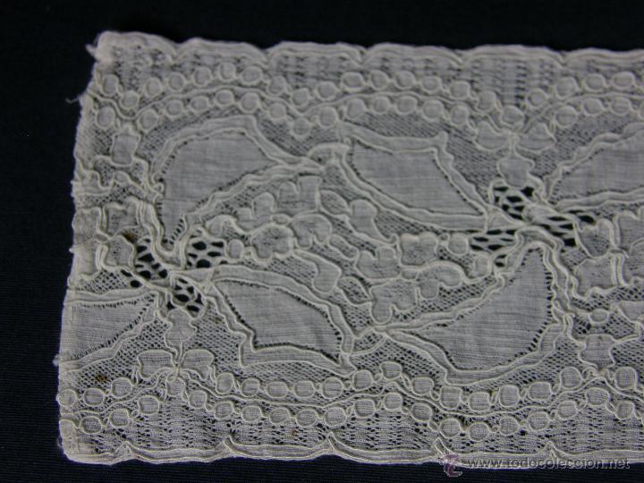 Antigüedades: cinta circular vainica batista ganchillo puño o similar franja sXIX 27,5x9cms - Foto 4 - 52408601