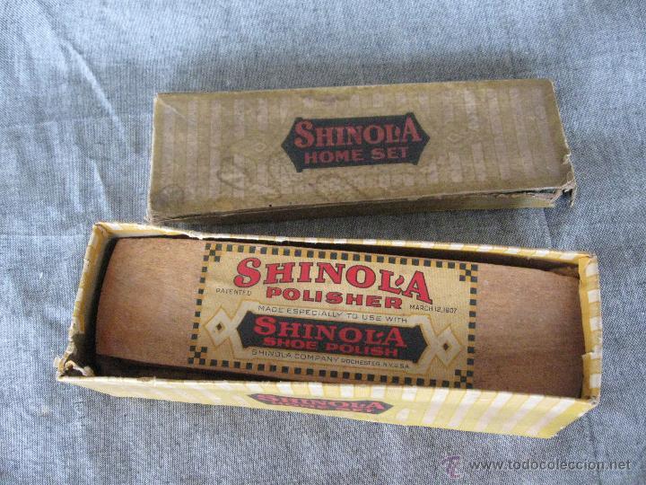Antigüedades: Cepillo para zapatos con su caja original Shinol'a. Patente 1907 - Foto 2 - 52424678