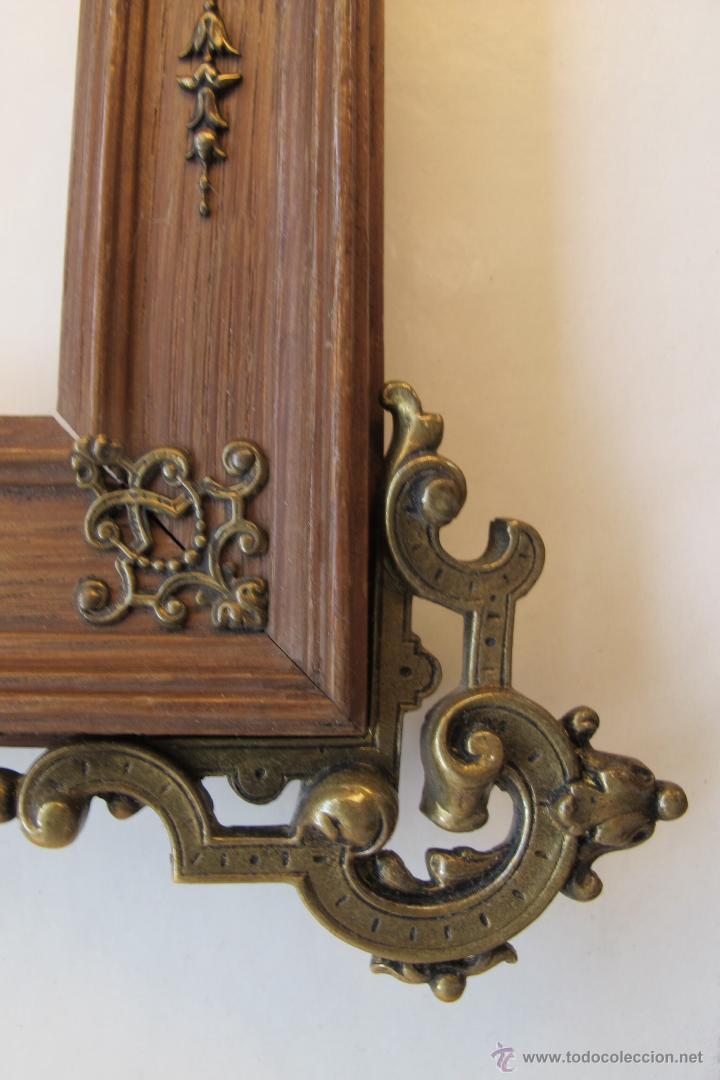 Antigüedades: Marco de madera con apliques de bronce s. XIX - Foto 3 - 52447739
