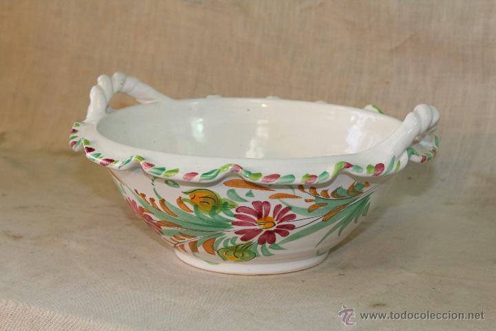 FRUTERO EN CERAMICA LARIO (Antigüedades - Porcelanas y Cerámicas - Lario)