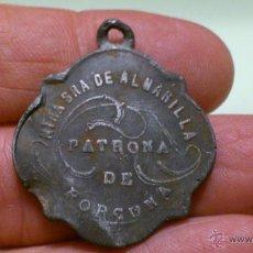 Antigüedades: MEDALLA DE ALUMINIO NUESTRA SEÑORA DE ALHARILLA PATRONA DE PORCUNA. Lote 52489054